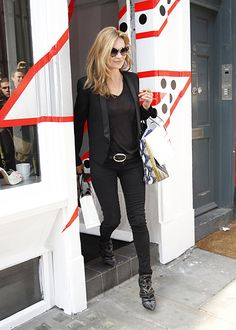 kate moss street style  -- all black but it works for work!