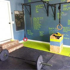 20 Home Gym Ideas for Designing the Ultimate Workout Room Dream Gym Basement Workout Room, Home Gym Basement, Home Gym Garage, Workout Room Home, Diy Home Gym, Gym Room At Home, Home Gym Decor, Workout Rooms, Workout Room Decor