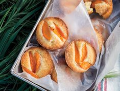 Find the recipe for Little Apricot Cakes and other apricot recipes at Epicurious.com