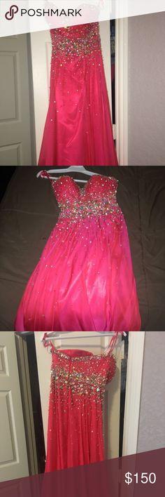 Beautiful Prom dress Chiffon pink prom dress only worn once customized detailing mari lee Dresses Prom