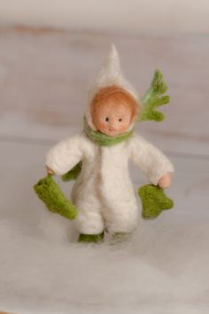 "Little felt figure "" Winter"" for the nature tabel >waldorf inspired< von lepetitagneau auf Etsy"