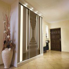 powiększający korytarz w sam raz na szafę