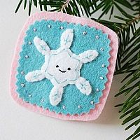 How to make easy snowflake decorations