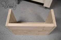 How to build a wood dog bed Wood Dog Bed, Diy Dog Bed, Beginner Woodworking Projects, Diy Woodworking, Dog Friendly Apartments, Pet Stairs, Pet Beds, Diy Stuffed Animals, Hobbies And Crafts