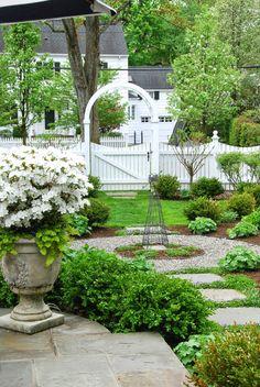 Landscape Design, Garden Design, Garden Cottage, White Gardens, Front Yard Landscaping, Landscaping Ideas, Garden Spaces, Plein Air, Dream Garden