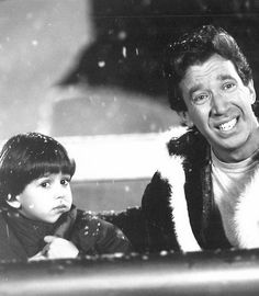 Black and white picture of Charlie and Scott Calvin, from The Santa Clause. One of my all time favorite Christmas movies~~ Grumpy Cat Christmas, Christmas Mood, Merry Little Christmas, A Christmas Story, Christmas Movies, All Movies, Great Movies, Movie Tv, Movie List