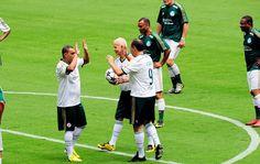 FOTOS: Palmeiras abre novo estádio para torcida e faz festa para Ademir - fotos em Palmeiras