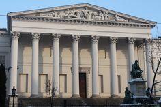 Hungarian_National_Museum,_Budapest.jpg (1410×940)