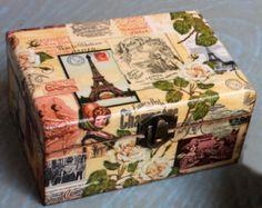 decoupage box shabby by ArtDidi Decoupage Vintage, Decoupage Glass, Decoupage Box, Cigar Box Projects, Cigar Box Crafts, Shabby Chic Boxes, Altered Cigar Boxes, Inspiration Artistique, Paris Decor