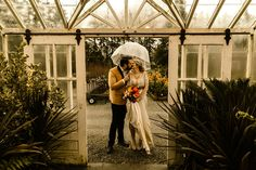 Should Your Photographer Do a Venue Walk Through? How important is it that your photographer has worked at your wedding venue before? Seattle Wedding Venues, Elope Wedding, Vernon, Couple Photos, Photography, Style, Couple Shots, Swag, Photograph