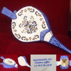 soufflet en faience de rouen ,fabricant limcolor décor bleu rouennais.XX siècle.