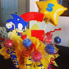 Sonic the hedge hog cake pop stand