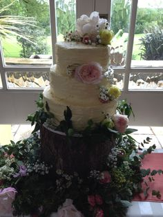 Chantilly Dreams and Alchemy - Bespoke, Artisan, Wedding Cakes - Based in Kinsale Co. Fresh Flowers, Wedding Cakes, Artisan, Rustic, Desserts, Food, Wedding Gown Cakes, Country Primitive, Tailgate Desserts
