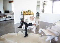 Inside the Über-Stylish Home of a Fashion Blogger via @MyDomaine