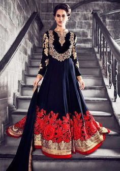 VARSIDDHI DESIGNER OUTFITS ARE PERFECT FOR PURE PLEASURE AND UNCOMMON STYLING !   SHOP HERE -> https://www.asiancouture.co.uk/brands/zeenat-dresses  #ASIANCOUTURE #ASIANCOUTUREONLINE #PAKISTANI #INDIANWEAR #SALWARSUITS #BRIDALWEAR #PARTYWEAR #ASIANUK #MANCHESTER #LONDON #BRADFORD #BIRMINGHAM #INDIANSALE #ANARKALISUITS #INDIANANARKALI