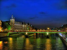 La Conciergerie et le Pont, Paris