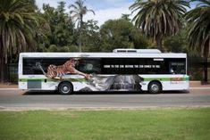 大型バスを使ったクリエイティブな広告23選   AdGang