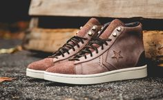 Converse First String Pro Leather Mid Zip Pine Cone