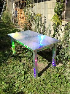 holographic table >> I need this Future House, My House, Multipurpose Furniture, Interior Decorating, Interior Design, House Goals, My New Room, Holographic, Decoration