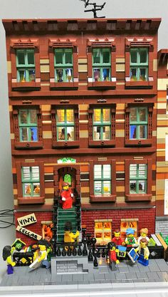 [MOC] Brownstone inspired buildings | The fourth, and last, … | Flickr