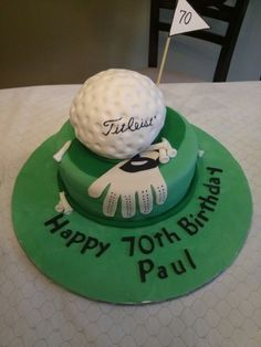 Golf cake from QUEEN BEE EDIBLE ART