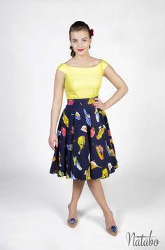 Retro skirt, size 34 XS, circle skirt, pin up skirt, navy blue skirt, birds pattern skirt, petticoat skirt.