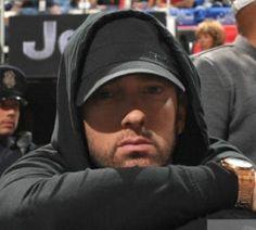 Listen to every Eminem track @ Iomoio Marshall Eminem, Best Rapper Ever, Eminem Photos, Eminem Rap, Hip Hop, The Real Slim Shady, Eminem Slim Shady, Harry Potter, Kevin Spacey