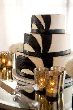 Modern black and white wedding cake by Susie Cakes, photo by APictureLife Photography | junebugweddings.com
