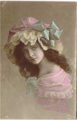 フリル帽子の美しい女の子