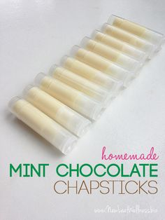 DIY mint chocolate chapsticks. Only 3 ingredients. These would be a great Christmas gift idea.