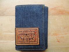 vintage denim Levi's wallet. 1970's Levi Strauss & Co. tri-fold billfold. deadstock.