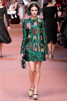 Coleção // Dolce & Gabbana, Milão, Inverno 2016 RTW // Foto 48 // Desfiles // FFW
