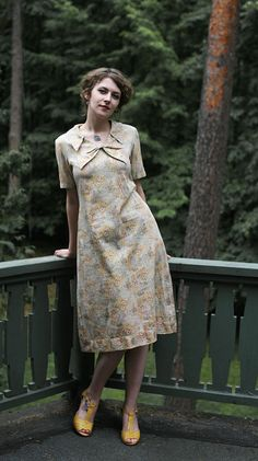 I'm In love! i would love to buy this!  Yellow Grey short Sleeved Dress vintage 1960ies A by MagpiesShop, $26.00