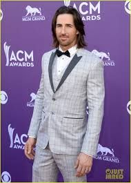 Jake Owen Photos - Singer Jake Owen attends the Annual Academy of Country Music Awards at the MGM Grand Garden Arena on April 2013 in Las Vegas, Nevada. - Annual Academy Of Country Music Awards - Arrivals Academy Of Country Music, Country Music Awards, Mgm Grand Garden Arena, Jake Owen, Country Men, Still Love You, Suit Jacket, Celebs, Glamour