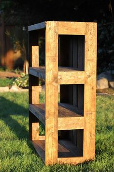 DIY Wood Pallet Bookshelf Tutorial | 99 Pallets