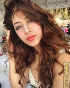 Sonarika Bhadoria Indian film actress and model known for her works in television and Telugu cinema. Most Beautiful Indian Actress, Beautiful Actresses, Sonarika Bhadoria, Saree Photoshoot, Indian Celebrities, Cute Faces, India Beauty, Girl Photography, Bollywood Actress