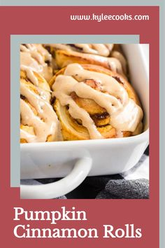 Scrumptious Pumpkin Cinnamon Rolls filled with pumpkin pie flavor, rolled and baked, then slathered with a spice-spiked cream cheese frosting. Hello, Fall! Chili Recipes, Apple Recipes, Pumpkin Recipes, Fall Recipes, Holiday Recipes, Soup Recipes, Vegan Recipes, Dinner Recipes, Pumpkin Cinnamon Rolls