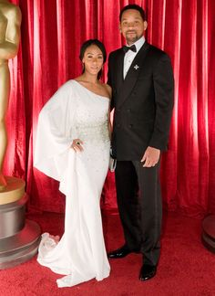Will and Jada Pinkett Smith at the 2009 Oscars. Styled by Famous Celebrity Couples, Famous Couples, Famous Celebrities, Celebrity Look, Celebs, Will And Jada Smith, Will Smith And Family, My Black Is Beautiful, Beautiful People