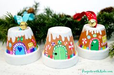 Christmas Crafts for teens Transform mini terra cotta pots into the sweetest gingerbread house ornaments! Kids will love making this adorable Christmas craft to hang on the tree or give as a special gift. Christmas Ornament Crafts, Christmas Crafts For Kids, Christmas Fun, Holiday Crafts, Christmas Decorations, Candy Decorations, Italian Christmas, Homemade Christmas, Craft Bells