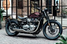 """The New Triumph Bobber –First Ride.   We're just adding anew entryto our '2016's most obvious facts' list.Right below the lines that say """"The American Election goes for too long,""""and """"David Bowie was pretty good,"""" we've just added a freshentry. It reads """"Triumph Motorcycles is having an amazing year."""" Even if we disregard their triple cylinder and off-road..."""