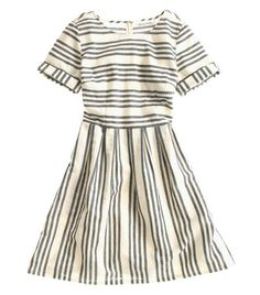 I want this Madewell dress so much!  It just oozes summery simplicity.