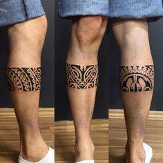 new zealand maori tattoos design Maori Tattoos, Tattoo Maori Perna, Leg Band Tattoos, Maori Tattoo Meanings, Tattoos Bein, Tribal Tattoos For Men, Circle Tattoos, Leg Tattoo Men, Marquesan Tattoos