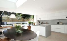 Ppen-plan kitchen/dining room in Victorian home, Battersea