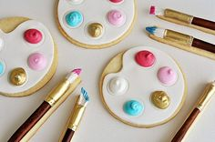 painter palette cookies / photographed by Vanessa Valencia