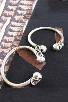 541a43d86565 7 bästa bilderna på Örhängen Ear Cuffs i 2013   Ear cuffs, Ear rings ...