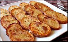 MIAM ! Si vous optez pour cette recette de pommes de terre frite au four, vous réduirez la quantité de matières grasses. Et obtiendrez les plus savoureuses pommes de terre épicées et croustillantes que vous n'ayez jamais dégustées de toute votre vie Voici comment procéder : Lavez et tranchez des pommes de terre, idéalement de …