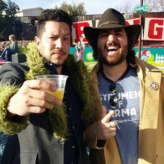 Sal's coat reminds me of Oscar the Grouch!  Love it ❤