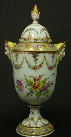 WONDERFUL HAND PAINTED DRESDEN COVERED URN