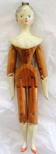 Antique Grodnertal Tuck Comb Peg Wooden Doll. 19th Century.