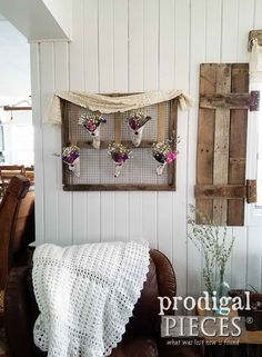 Create your Own Rustic Farmhouse Wall Art from Flea Market Finds. Art by Larissa of Prodigal Pieces | prodigalpieces.com